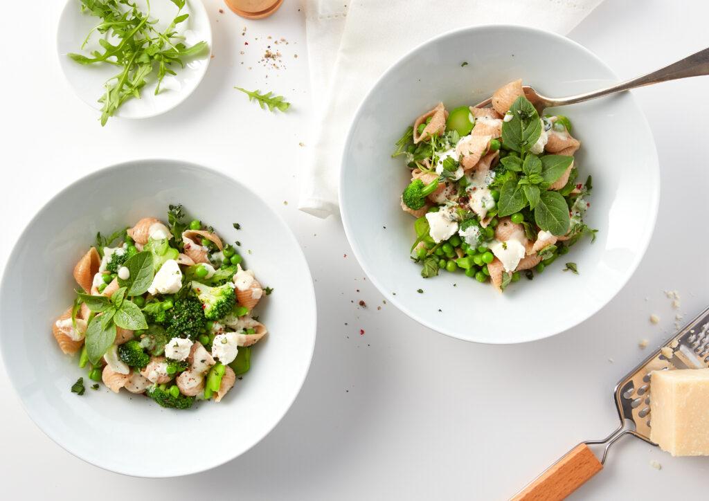 Conchiglie #39 mit grünem Gemüse und Kräutern